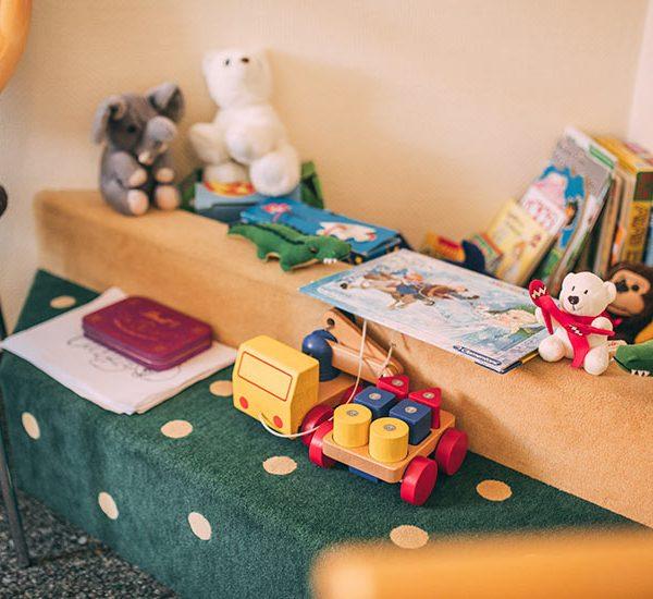 Spielzeug für Kinder in der Zahnarztpraxis Nagel in Themar